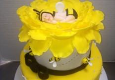 baby bee cake