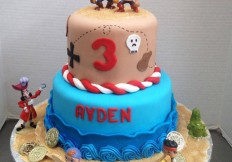 pirate 2 tiered cake